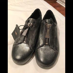 NWT Frye Sneakers